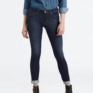 Levis 711 Skinny Dark Wash Mid Rise Denim